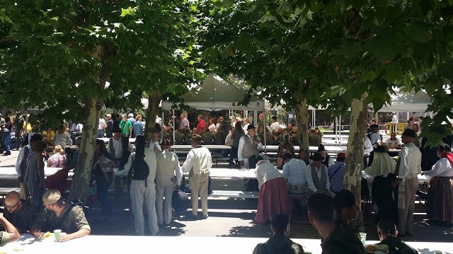 Imagen de archivo de un encuentro vecinal en el parque municipal