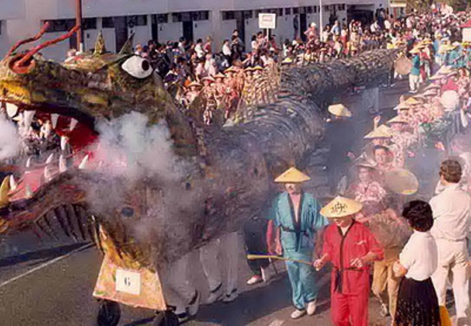 Imagen de archivo del dragón del carnaval