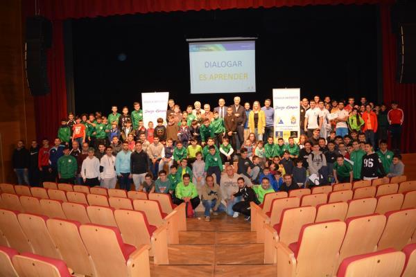 Imagen de una charla de la Asociación de Ex Jugadores de la UD Las Palmas
