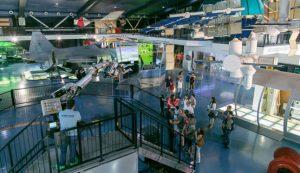 Interior del Museo Elder de la Ciencia y la Tecnología