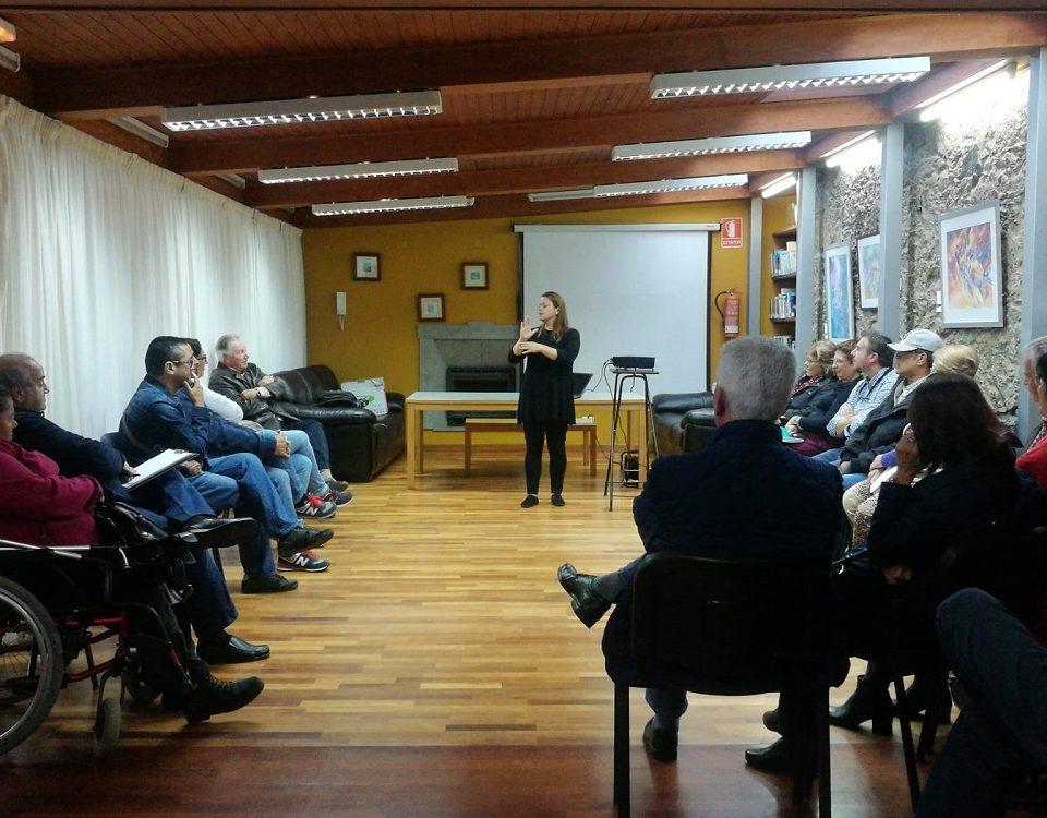 Reunión con colectivos sociales