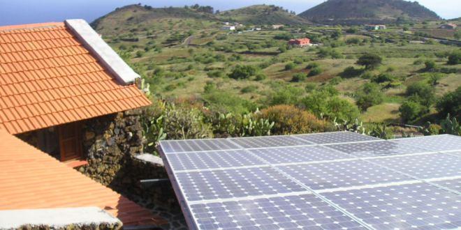 Paneles solares cerca de Bandama