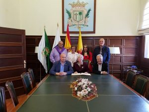 Varios concejales y la consejera de Servicios Sociales del Cabildo Insular acompañaron a la pregonera