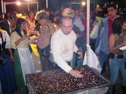 Las castañas asadas recuerdan la celebración de los finaos en la Villa