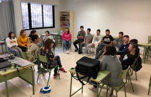Un momento de la sesión entre las músicas y el alumnado