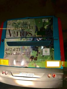 Una guagua de Global promociona 'Santa Brígida con Vinos'