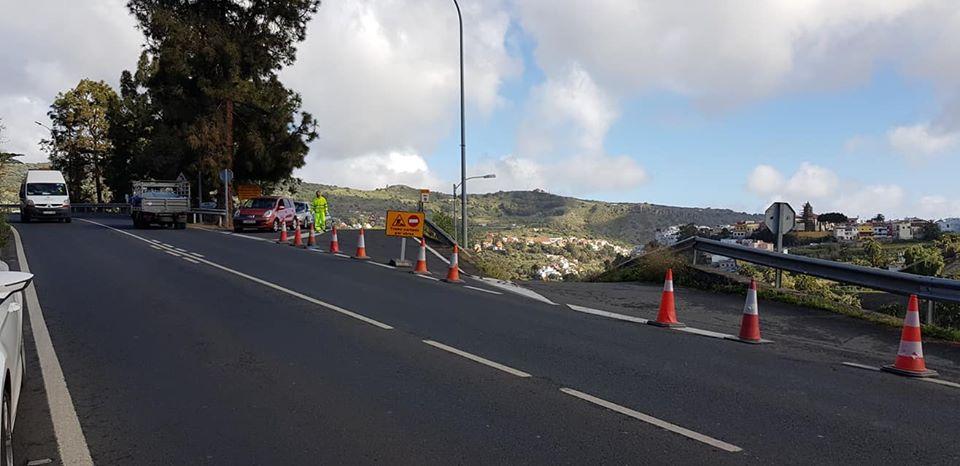 Cruce de la Carretera del Centro con la vía en obras.