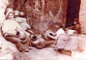Imagen antigua de loceras en La Atalaya