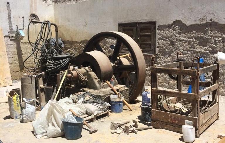 Maquinaria del antiguo pozo